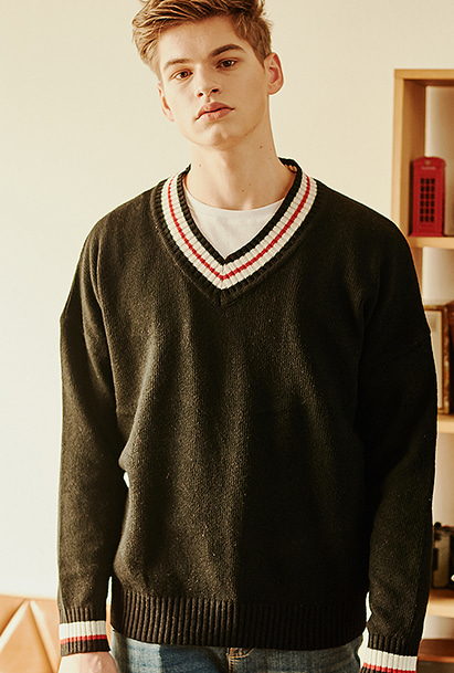 [크럼프] Crump wool v-neck overfit knit (CT0120)